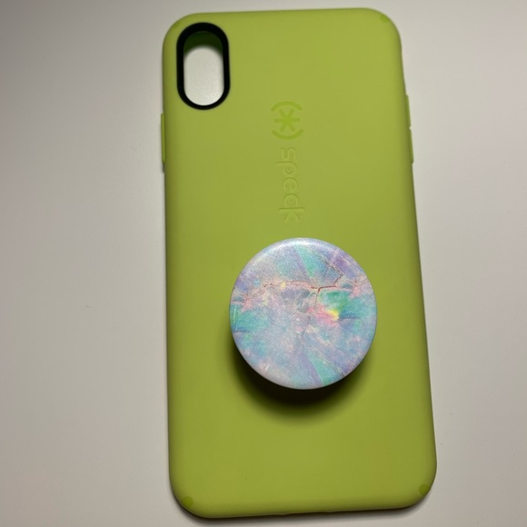 sports shoes 17155 f809f NEW PHOTOS! iPhone Xs max case w popsocket!